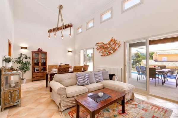 Villa Silvana in Cala Mesquida für 6