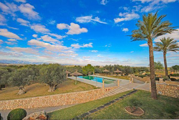 Villa Consellera in Ariany für 16 - 20