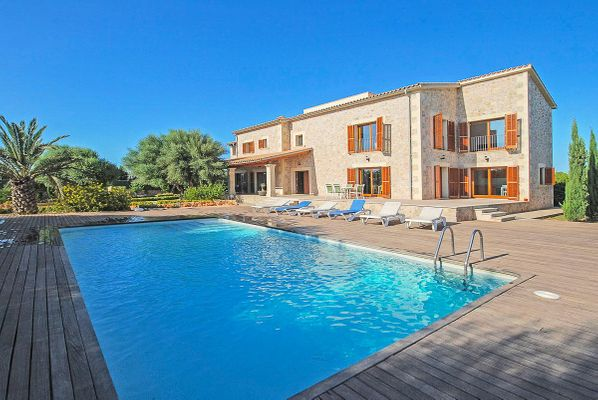 finca in Alcudia for rent