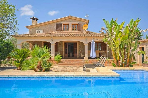 Casa Tiraset in Llubi für 6