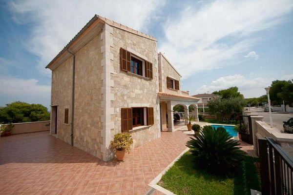 Casa Durina in Son Serra de Marina für 7