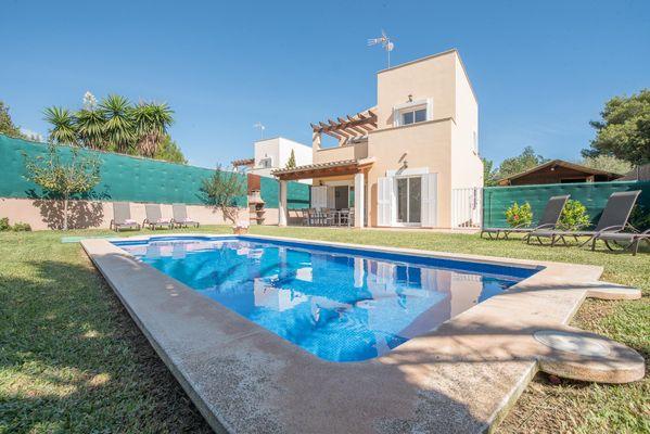 Villa Ganxo 2 in Cala Murada für 6