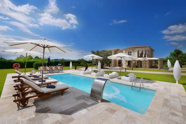 Villa Ses Rentadores in Selva für 8