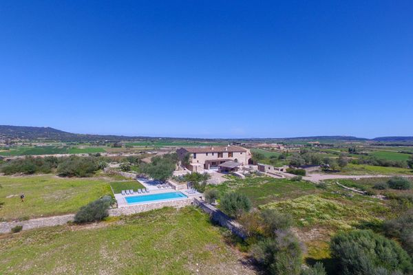 Finca Alcudiarom in Vilafranca de Bonany für 12