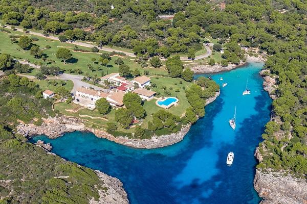 Cala Mitjana bei Cala d'Or auf Mallorca